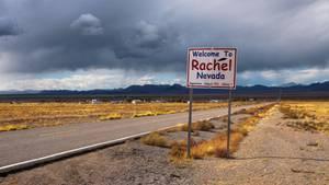 Über eine Facebook-Veranstaltung verabredeten sich die Menschen zu einem Sturm auf das militärische Sperrgebiet Area 51.