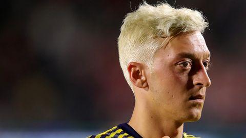 Fußballer Mesut Özil soll nur knapp einem Überfall entkommen sein