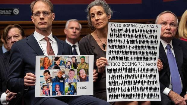 Bei einem Hearing in Washington D.C.im Mai:Michael Stumo und Nadia Milleron verlorenihre Tochter Samya beim Absturz der Boeing 737 Max von Ethiopian Airlines.