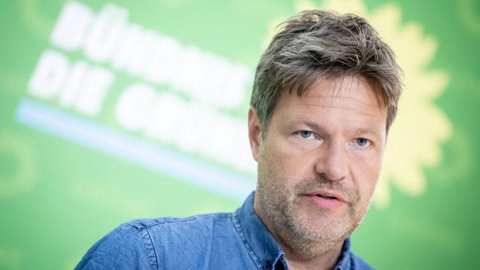 Robert Habeck, Bundesvorsitzender von Bündnis 90/Die Grünen, hält an Berlin-Bonn-Aufteilung fest