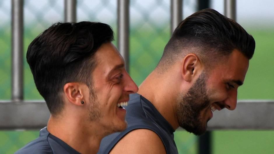 Sead Kolasinac Mesut Özil