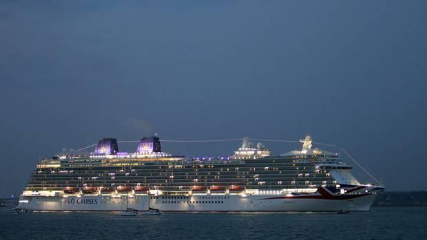 """Die """"Britannia"""" gehört der britischen Reederei P&O Cruises und hat Platz für mehr als 3.500 Passagiere"""