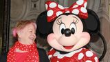 Russi Taylor mit Minnie Mouse
