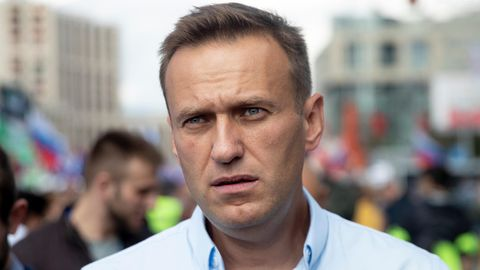 Alexej Nawalny ist nach Angaben seiner Hausärztin möglicherweise mit Gift in Berührung gekommen