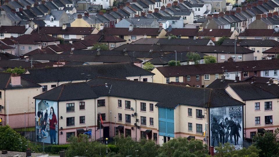 Blick auf Londonderry - Frontstadt in Nordirland
