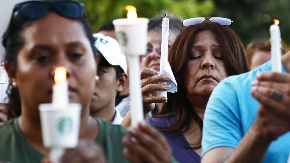 Gilroy - Gedenkfeier für die Opfer der Schießerei auf dem Garlic Festival