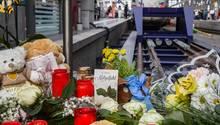 Frankfurter Bahnhof - Trauer an Gleis 7 um 8-jährigen Jungen