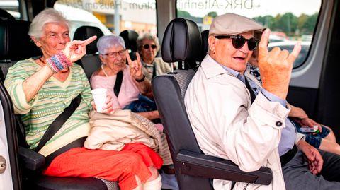 Rentner im Bus auf dem Weg nach Wacken