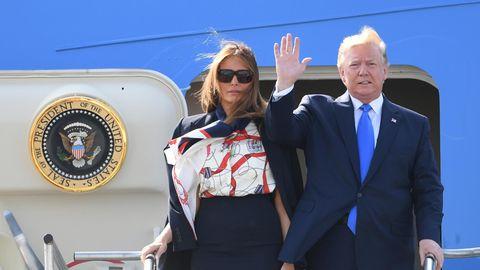 US-Präsident Donald Trump und seine Frau Melania vor der Air Force One