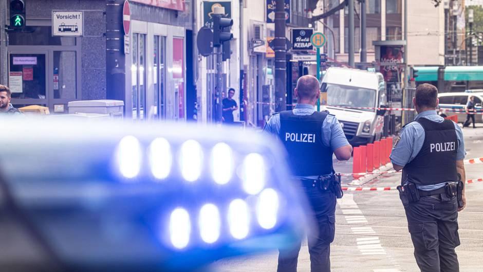 Frankfurter Hauptbahnhof Wegen Polizeieinsatzes Zeitweise Gesperrt