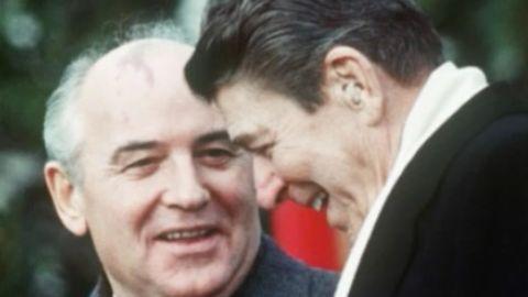 US-Präsident Ronald Reagan und der sowjetische Generalsekretär Gorbatschow