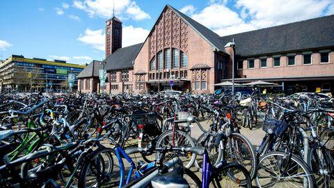Fahrräder am Bahnhof Oldenburtg
