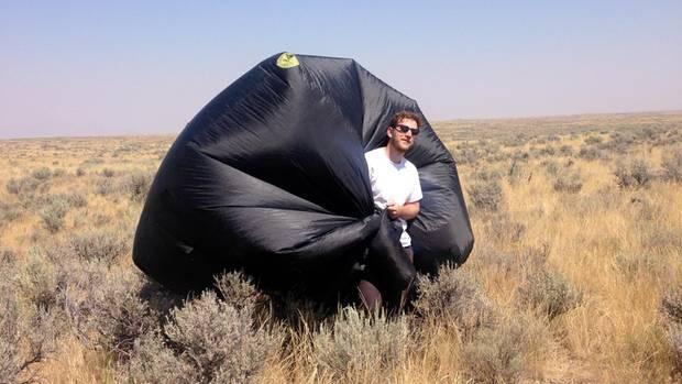 Nicholas Shapiro mit Ballon
