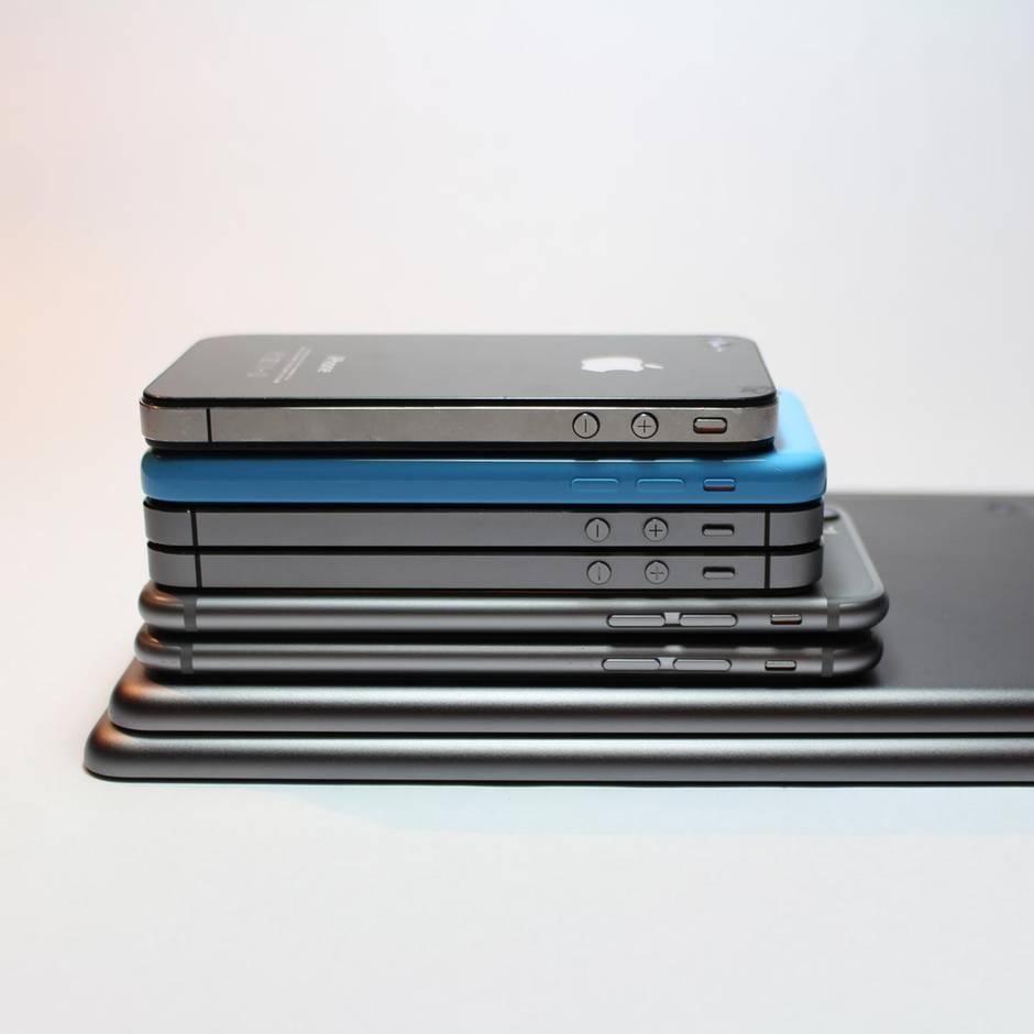 Richtige Reihenfolge: iPhone-Modelle im Vergleich: Darin unterscheiden sich die Smartphones von Apple