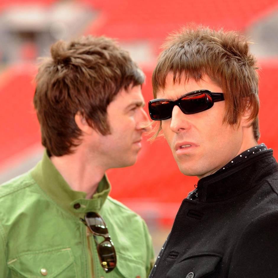 """Familienstreit der Oasis-Brüder: Noel Gallagher legt nach: """"Ich mochte meine Mutter, bis sie Liam zur Welt brachte"""""""
