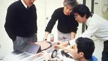 Verschworene Einheit: Unter der Leitung des Ingenieurs Toshihiko Hirai arbeiteten Mazda Ingenieure sogar in ihrer Freizeit am MX