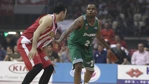 Basketballer Donell Cooper gab die Dopingprobe ab