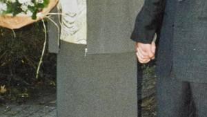 Jochen und Hedwig halten Händchen