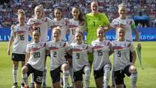 DFB-Frauen-Mannschaft vor dem Spiel gegen Schweden