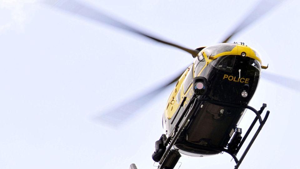 Mit so einem Hubschrauber wurde das Model ausspioniert.