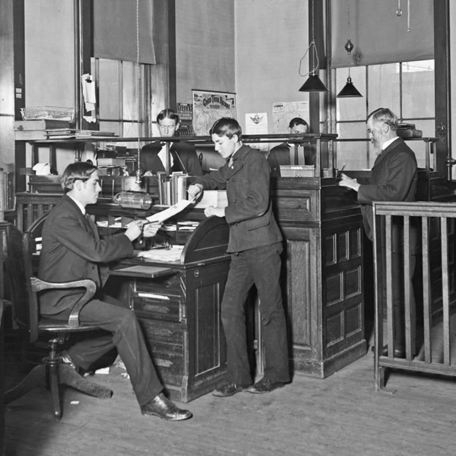 Arbeitskleidung: Anzug, Schlips, Kostüm: Wie das Büro-Outfit entstand – und warum wir es heute noch tragen