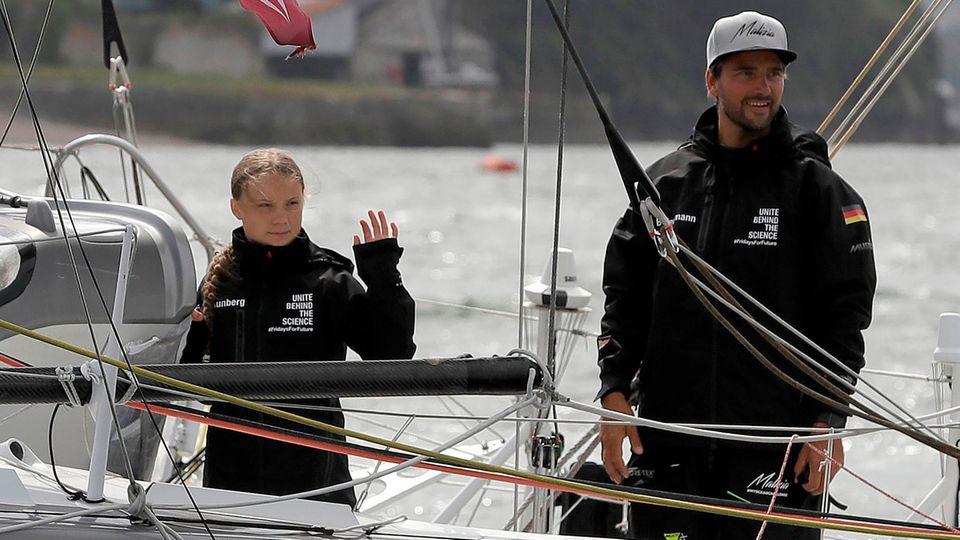 Los geht's: Greta Thunberg ist zusammen mit Profisegler Boris Herrmann in See gestochen
