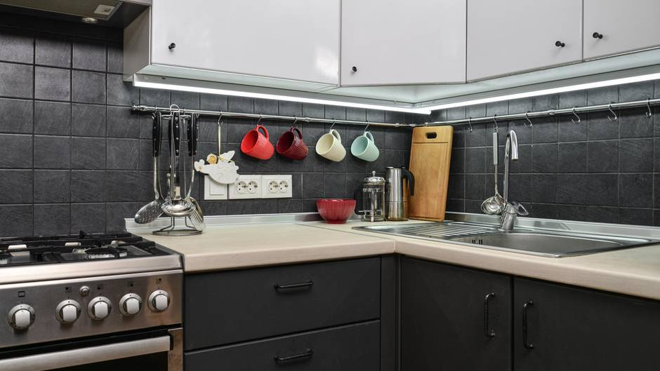 Küche organisieren: Die besten Tipps für mehr Stauraum ...