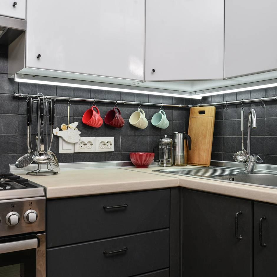 Ordnung schaffen: Mehr Stauraum: So organisieren Sie Ihre Küche neu