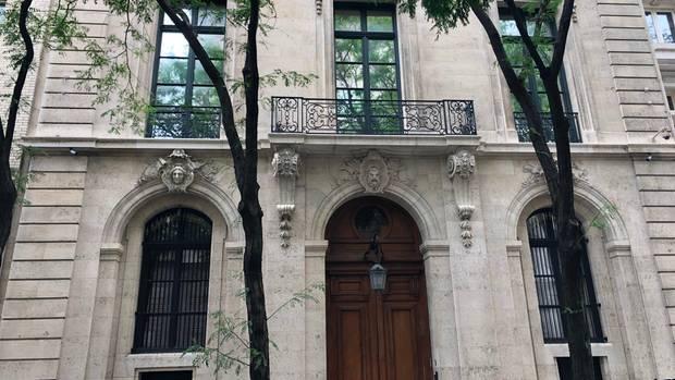 Eingang zum New Yorker Stadthaus von Jeffrey Epstein