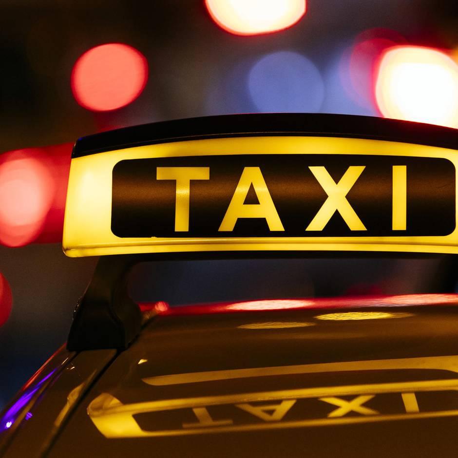 Nachrichten aus Deutschland: 24-Jährige im Taxi vom Fahrer vergewaltigt