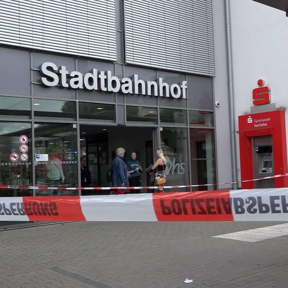 Nachrichten aus Deutschland: Beziehungstat? Mann und Frau sterben bei Messerangriff - Polizei nimmt Verdächtigen fest