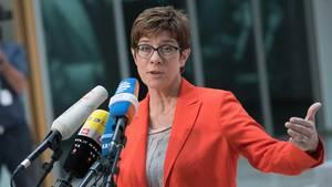 Annegret Kramp-Karrenbauer im Konrad-Adenauer-Haus