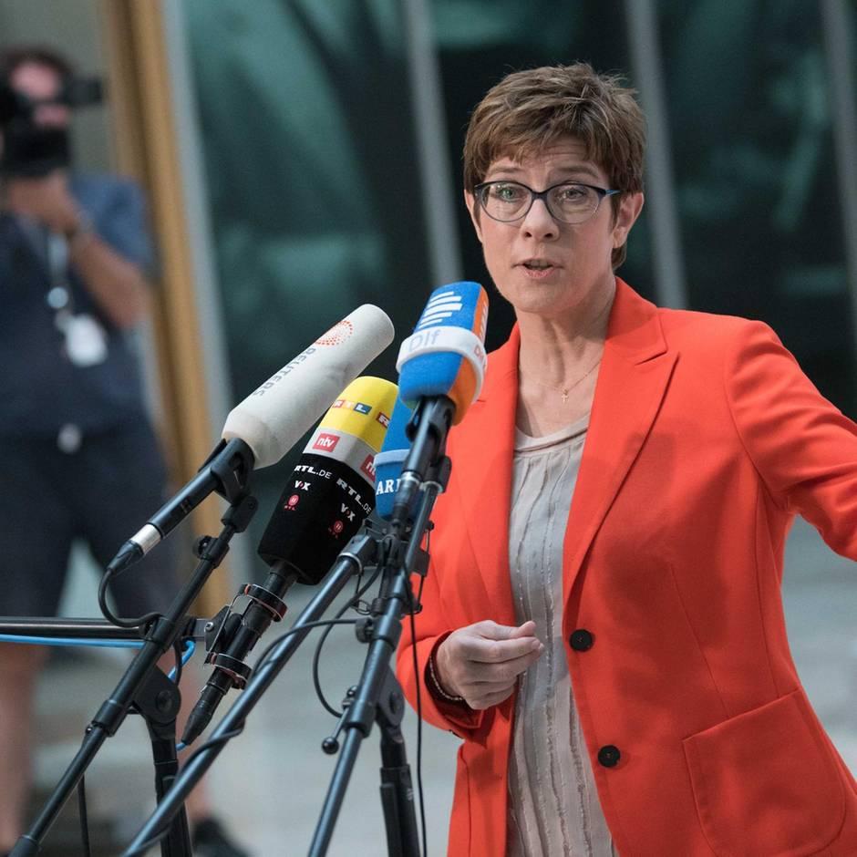 News von heute: Kramp-Karrenbauer lehnt Urwahl des CDU-Kanzlerkandidaten ab