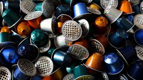 Aluminiumkapseln produzieren mehrere Tausend Tonnen Müll. Allein in Deutschland. Was daran nachhaltig ist, erklärt der Nespresso-Geschäftsführer im stern-Interview.