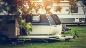 Wohnwagen als Symbolfoto für Nachrichten aus Deutschland