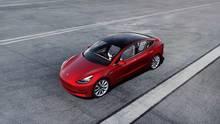 """Das Tesla Model 3 ist das meistverkaufte Elektromobil im """"Premium Mid-sized Segment"""" - in Detroit sieht man es eher selten"""
