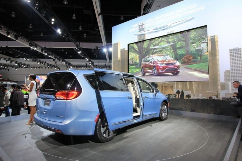Den Chrysler Pacifica gibt es auch als PHEV-Version