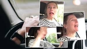 Julia beim Autofahren
