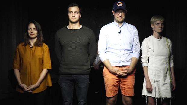 Janina Mütze (l.),Markus Deibler (2. v. l.),Oliver Rößling (2. v. r.) undPola Fendel (r.) waren Gäste bei der DISKUTHEK
