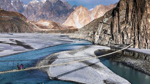 Holzbrücke zum Karakorum-Highway