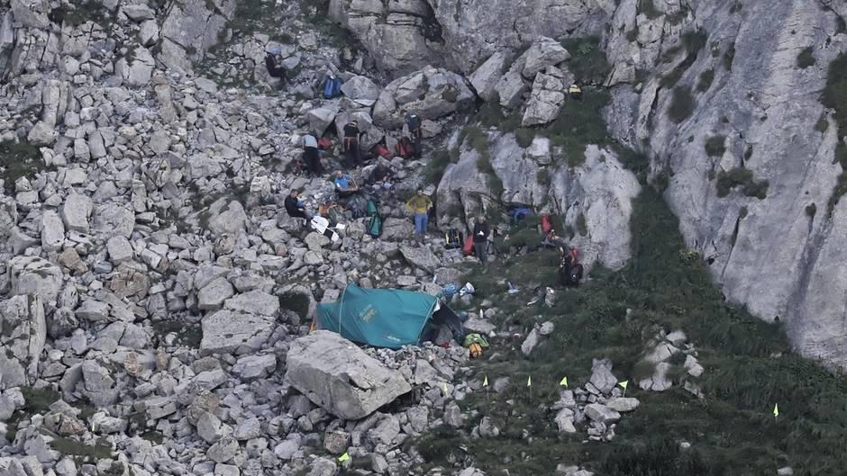 Polen: Einsatzkräfte finden Forscher tot in Höhle