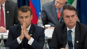 Die Präsidenten von Frankreich und Brasilien,Emmanuel Macron (l.) und Jair Bolsonaro,während desG20-Gipfels im vergangenen Juni