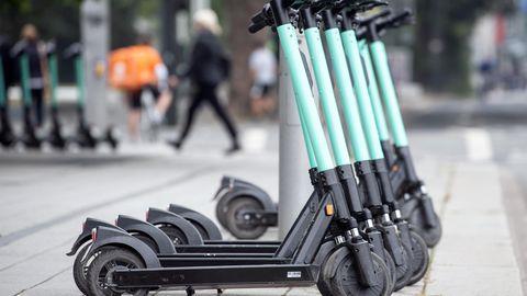 E-Scooter sind immer häufiger auf den Straßen zu sehen