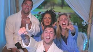 """Im Finale von """"Promi Big Brother"""" kämpften Tobi Wegener (l.), Janine Pink (M.o.), Joey Heindle (M.u.) und Theresia (r.) um den Sieg und 100.000 Euro"""