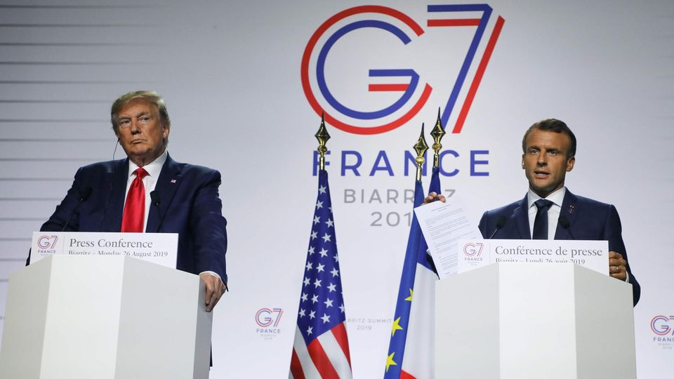 Donald Trump und Emmanuel Macron bei einer Pressekonferenz in Biarritz