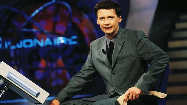 """Günther Jauch bei seiner ersten Sendung """"Wer wird Millionär"""" am 3. September 1999"""