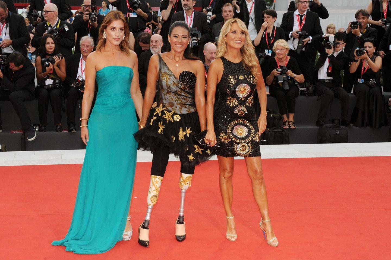 Giusy Versace (M.) bei den Filmfestpielen in Venedig