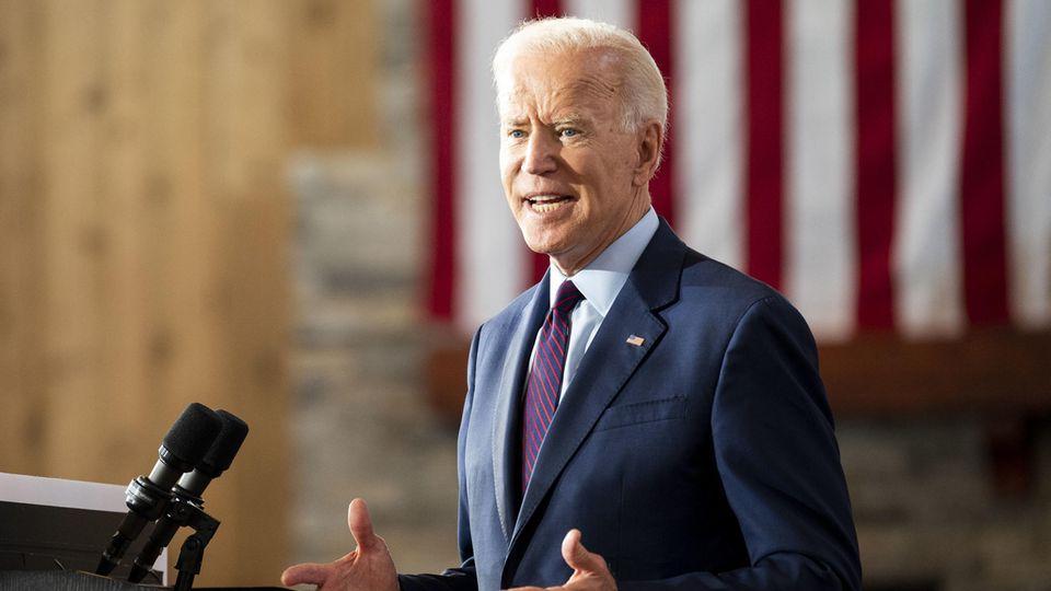 Joe Biden hat eine Geschichte über einen heldenhaften US-Soldaten zusammengedichtet, sieht aber darin nichts Verkehrtes