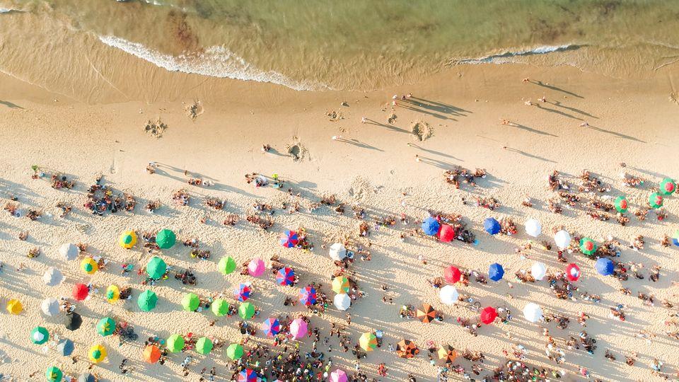 Der kilometerlange Sandstrand von Miami Beach
