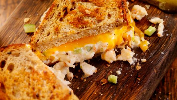 Geschmolzener Käse und knuspriges Brot: Tipps und Tricks für ein leckeres Grilled Cheese Sandwich